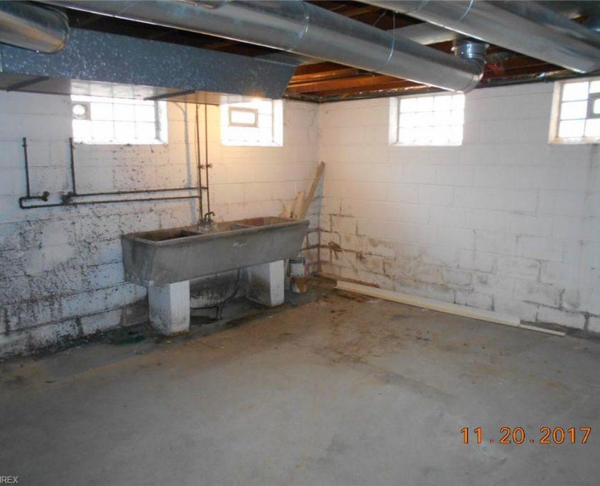 בתים בארצות הברית - בית למכירה בארצות הברית (קליבלנד אוהיו) - מרתף הבית