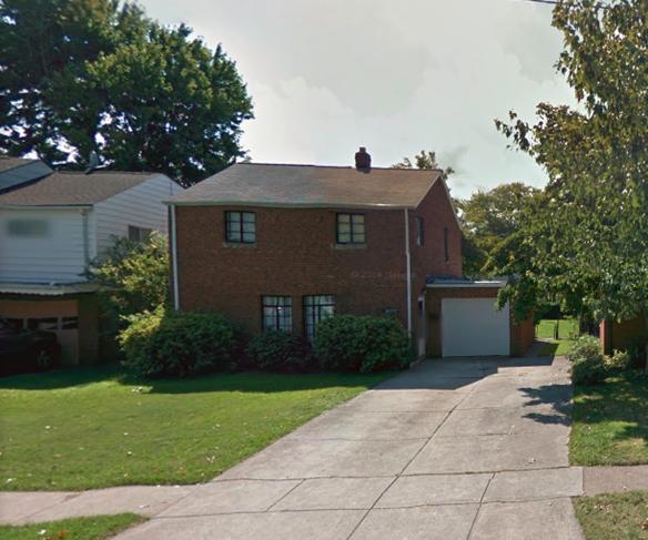 בתים בארצות הברית - בית למכירה בארצות הברית (קליבלנד אוהיו) - שביל גישה לבית