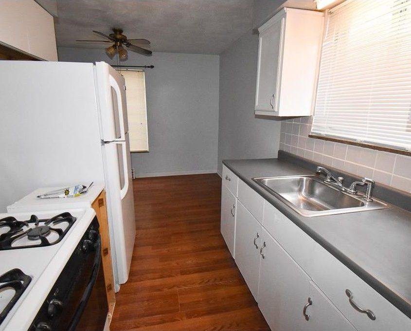 בתים בארצות הברית - בית למכירה בארצות הברית (קליבלנד אוהיו)- מטבח הבית