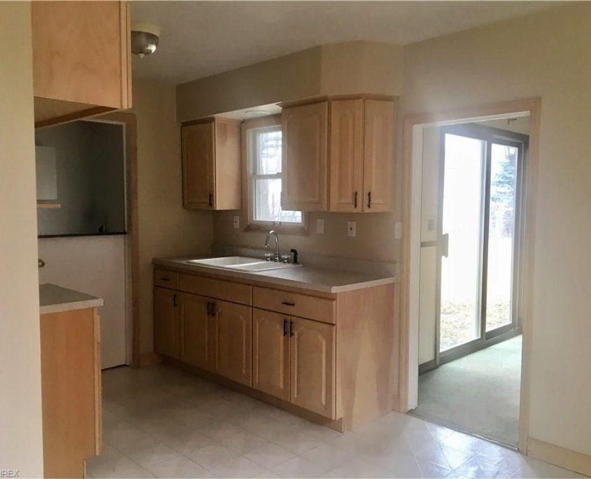 בתים בארצות הברית - בית למכירה בארצות הברית (קליבלנד אוהיו) - מטבח הבית