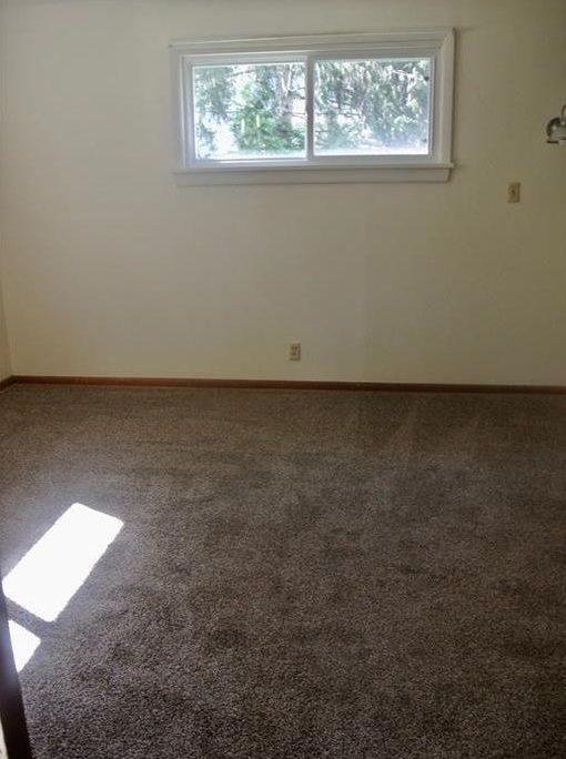 בתים בארצות הברית - בית למכירה בארצות הברית (קליבלנד אוהיו) - חדר בבית
