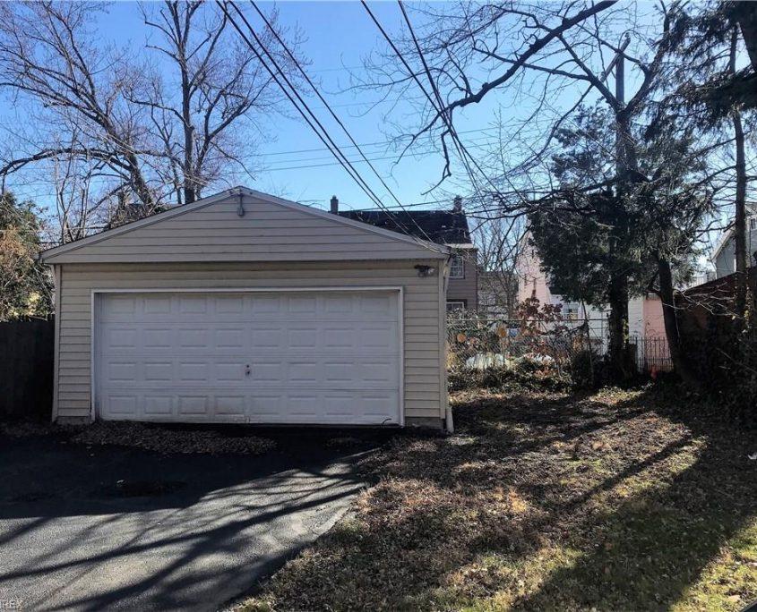 איך לקנות בתים להשקעה בקליבלנד הייטס אוהיו