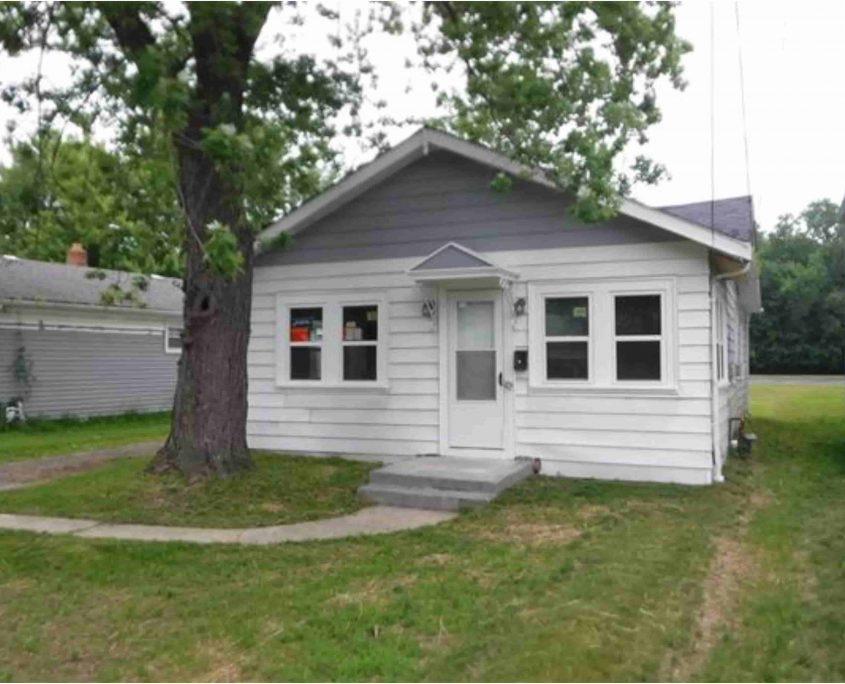 בתים בארצות הברית - בית למכירה בארצות הברית (EASTLAKE OHIO) - חזית המבנה