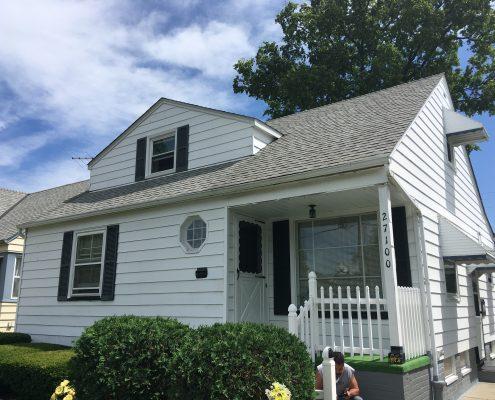 בתים בארצות הברית - בית למכירה בארצות הברית (יוקליד OHIO) - חזית הנכס