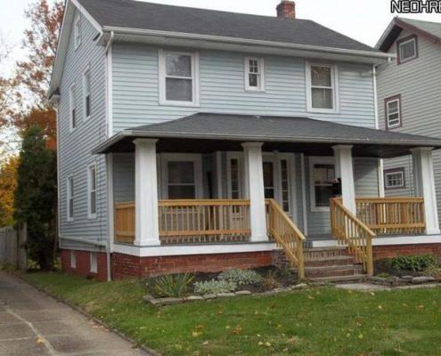 בתים בארצות הברית - בית למכירה בארצות הברית (קליבלנד הייטס אוהיו ) - מבט נכס חיצוני POS