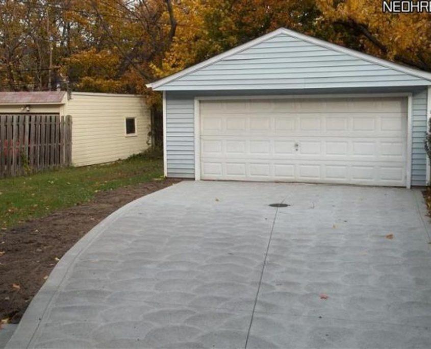 בתים בארצות הברית - בית למכירה בארצות הברית (קליבלנד הייטס אוהיו ) - חנייה גאראג' POS
