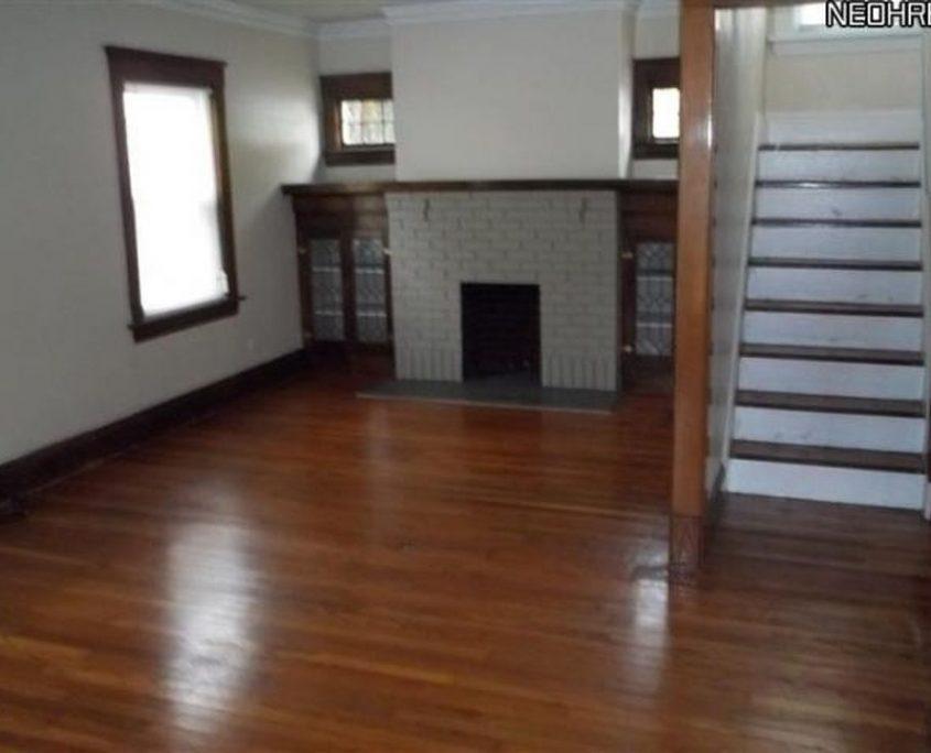 בתים בארצות הברית - בית למכירה בארצות הברית (קליבלנד הייטס אוהיו ) - מרתף FINISHED BASEMENT HARDWOOD FLOOR