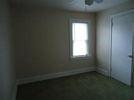 בתים בארצות הברית - בית למכירה בארצות הברית (קליבלנד הייטס אוהיו ) - חדר שינה