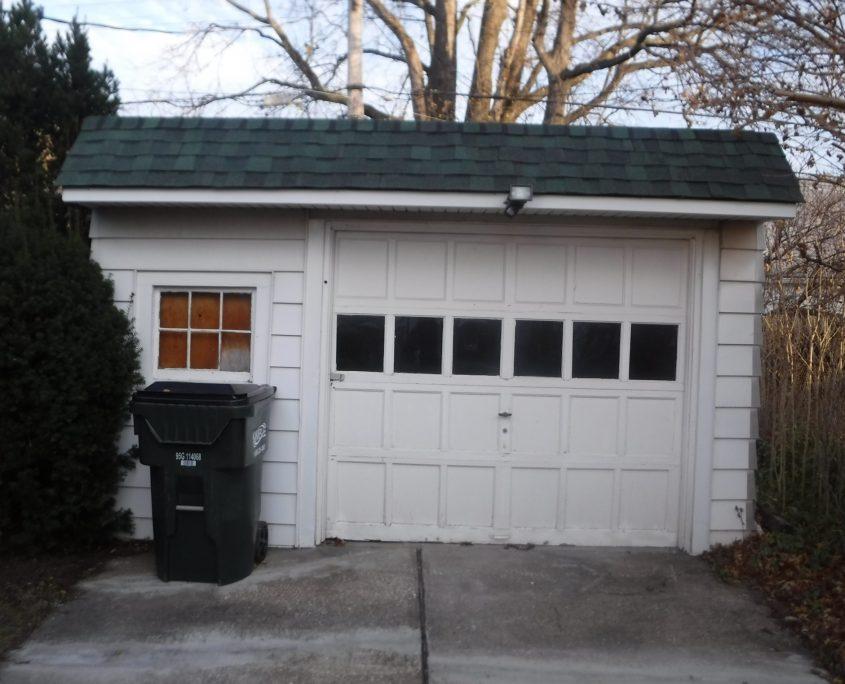 בתים בארצות הברית - בית למכירה בארצות הברית (יוקליד אוהיו ) - גאראג'